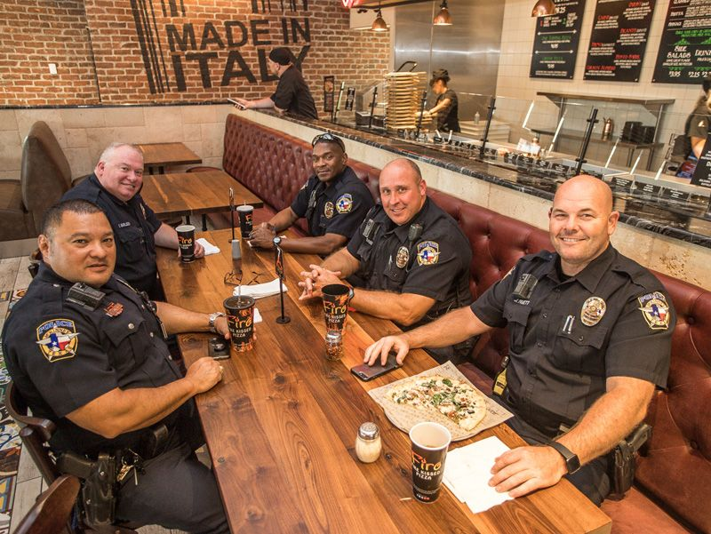 Police officers enoying their Firo pizza